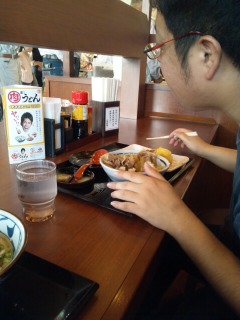 丸亀製麺で・・・